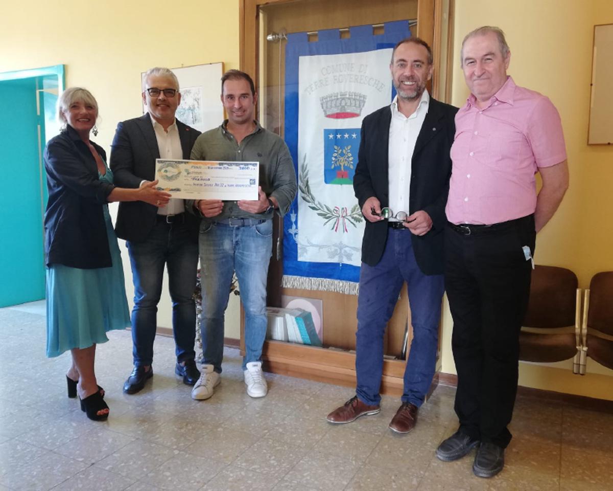 """Featured image for """"3 mila euro per le famiglie in difficoltà del Comune di Terre Roveresche"""""""
